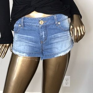 Cute jean short